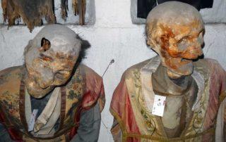Mumifizierte Priester in den Katakomben des Kapuzinerklosters von Palermo.